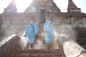 """""""ครัวมาดาม-เมืองไทยประกันภัย"""" ขยายพื้นที่ส่งต่อน้ำใจอยุธยา-ปทุมธานี"""