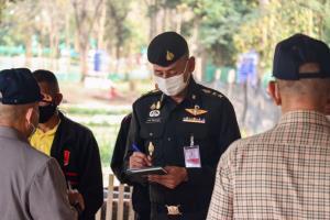 ตัวแทนมูลนิธิชัยพัฒนาตรวจเยี่ยมแปลงเกษตรโครงการทหารพันธุ์ดี@ ร.8 ค่ายสีหราชเดโชไชย