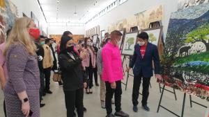 """""""ธรรมนัส-นฤมล""""ร่วมเปิดงานศิลปะเพื่อช้างที่เชียงใหม่ ฟื้นท่องเที่ยวไทยหลังวิกฤติโควิด"""