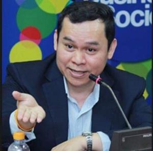 ภาพ ผู้ช่วยศาสตราจารย์ ดร.นพดล กรรณิกา จากแฟ่ม