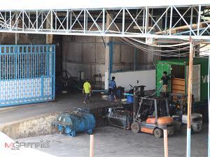 นอภ.เบตงนำเจ้าหน้าที่ตรวจความคืบหน้าการปรับปรุงระบบบำบัดน้ำเสียโรงงานยาง