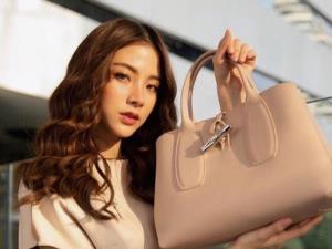 """""""ใบเฟิร์น พิมพ์ชนก"""" สวยหวานเกินต้าน! ขึ้นแท่น Brand Muse คนใหม่ล่าสุดกับ Longchamp Thailand"""