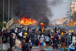 ภาพ เหตุการณ์ความรุนแรงในเมียนมา ที่เป็นบทเรียนและอุทาหรณ์ ให้กับไทย จากแฟ้ม