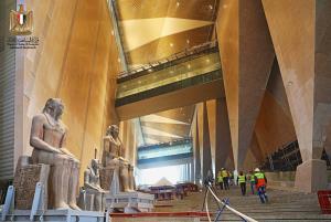 """อลังการ """"Grand Egyptian Museum's"""" แหล่งรวมวัตถุโบราณล้ำค่ำของอียิปต์ คาดเปิดกลางปีนี้"""