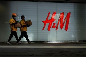 "H&M กลับมาง้อจีน หลังเผย ""ขาดทุนยับ""ในไตรมาสแรก"
