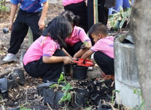 """BLCP นำร่องโรงเรียนวัดกรอกยายชา จ.ระยอง ต้นแบบ """"สุขภาพดี วิถีเกษตรอินทรีย์"""""""