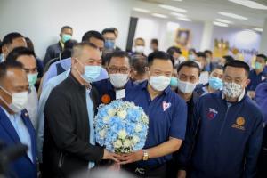 """""""อนุทิน"""" นำ """"ภูมิใจไทย"""" ทำบุญใหญ่ เข้าสู่ปีที่ 13 ประกาศเดินหน้าแก้ปัญหาปากท้องประชาชน"""