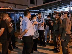 หวิดจลาจล! แรงงานพม่านับพันรวมตัวประท้วง เข้าใจผิดคิดว่าถูกนายจ้างกลั่นแกล้งไม่ให้กลับบ้านเกิด