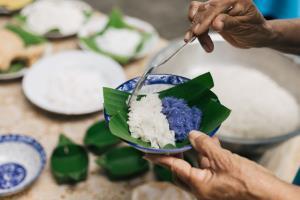 'ดีแทคเน็ตทำกิน'ต่อลมหายใจคนไทยยุคโควิด-19 นำ 'ข้าวเหนียวหน้าควายลุย' โกออนไลน์