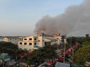 ผู้ชุมนุมพม่าดับเพิ่มเป็น 13 ราย เกิดระเบิดขนาดเล็กหลายระลอกในย่างกุ้ง