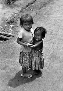 เปิดตำนานไทยเป็นที่หนีร้อนมาพึ่งเย็น! เคยรับเขมร-ลาวหนีสงครามกลางเมืองเป็นล้านมาแล้ว!!
