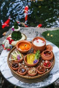 """ห้องอาหารร่มไทรต้อนรับเทศกาลปีใหม่ไทยด้วย """"ข้าวแช่"""""""