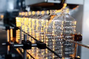 ผู้บริโภคจะวางใจได้ไหม? เมื่อพลาสติก  rPET ถูกนำมาผลิตเป็นบรรจุภัณฑ์อาหาร