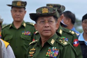 พล.อ.อาวุโส มินอ่องหล่าย ผู้นำคณะรัฐประหารพม่า