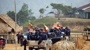 """ระเบิดดังทุกวันที่ชายแดนรัฐชาน """"เจ้ายอดศึก-กองทัพพม่า"""" ใกล้ถึงจุดแตกหัก"""