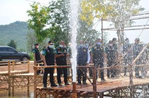 รมว.ทรัพยากรฯ โอ่น้ำแร่โซดาบาดาลห้วยกระเจา คุณภาพเทียบเท่ายี่ห้อดังของต่างประเทศ