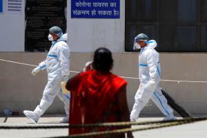 CNN เผย 'จนท.การทูตสหรัฐฯ' ในอินเดียติดโควิดกว่า 100 คน-ลูกจ้างดับแล้ว 2 ศพ
