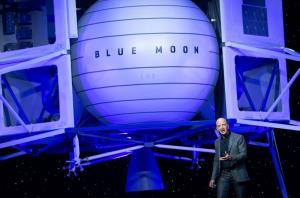 บลูออริจินของ 'เจฟฟ์ เบซอส' ขวางนาซาเลือกสเปซเอ็กซ์ของ 'อีลอน มัสก์' เตือนทำให้โปรเจกต์ส่งคนไปดวงจันทร์ล่าช้า