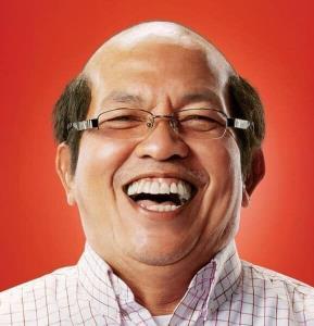"""รวมภาพสร้างรอยยิ้มตำนานตลกเมืองไทย แค่จำว่า """"น้าค่อม"""" ก็พอใจแล้ว"""