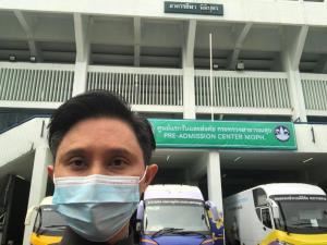 """""""ปานเทพ"""" บันทึก """"แพทย์แผนไทย"""" ฟันฝ่านำสมุนไพรร่วมให้บริการ ณ ศูนย์แรกรับผู้ป่วยโควิด-19"""