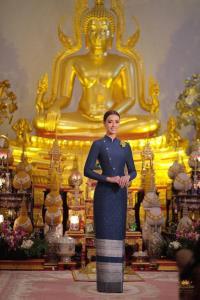 สวยตะลึง! อแมนดาเฉิดฉายอวดสายตาชาวโลกในลุคชุดไทยจิตรลดาประยุกต์