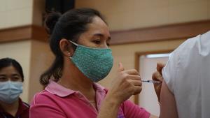 สมาคมฯ ท่องเที่ยวหัวหินหวังได้วัคซีน 50% นำร่องเปิดรับต่างชาติเดินทางเข้ามาโดยไม่ต้องกักตัว ภายในวันที่ 1 ต.ค.