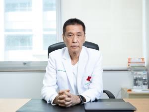 ศ.นพ.ธีระวัฒน์ เหมะจุฑา หัวหน้าศูนย์วิทยาศาสตร์สุขภาพโรคอุบัติใหม่ คณะแพทยศาสตร์ โรงพยาบาลจุฬาลงกรณ์