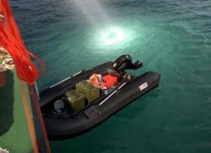 เพื่อเสรีภาพและ ปชต.! หนุ่มจีนซื้อเรือยางออนไลน์ติดเครื่อง ล่องหนีจากจีนมา 'ไต้หวัน'