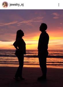 """พบคนคลั่งรักอีก 1 อัตรา """"จิ๋ว"""" ลงภาพคู่หวานใจรัวๆ ฉลองครบรอบ 10 ปี"""