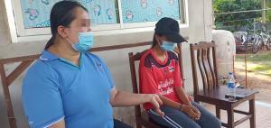 แม่สุดทนพาลูกสาววัย 14 ปีร้องสื่อ ถูกคนในหมู่บ้านล่วงละเมิดทางเพศแต่คดีไม่คืบ