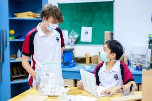 'First boarding school in Bangkok' หอพักนักเรียนอันทันสมัย ร.ร.นานาชาติรีเจ้นท์กรุงเทพ