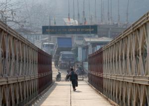 พม่าทะลักข้ามแดนเข้าอินเดียกว่า 15,000 คน หนีภัยสู้รบหลังรัฐประหาร