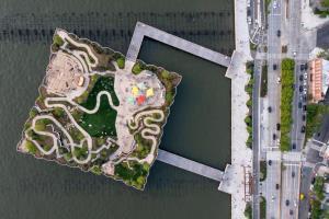 """เปิดแล้ว """"NYC Little Island"""" เกาะสวนสาธารณะสีเขียวแห่งใหม่ที่มหานครนิวยอร์ก"""