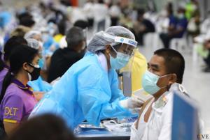 """เดือดร้อนไปถึงชนบท!! แพทย์เหลืออด ที่สุดแห่งความล้มเหลว """"ประชาชนพร้อม-วัคซีนไม่พร้อม-หมอพร้อมปิดตัว"""""""