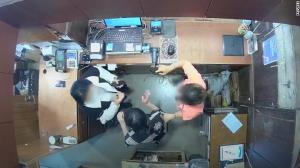 คู่สมรสพาซวย! เบลเยียมสั่งปลด 'ทูตประจำเกาหลีใต้' เซ่นปมเมียกร่างตบหน้าพนง.ร้านเสื้อผ้า