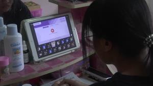 เสียงแตก! ผู้ปกครองเมืองตราดมีทั้งเห็นด้วย-คัดค้านแนวคิดผู้ว่าฯ ให้เด็กแต่งชุดนักเรียนนั่งเรียนออนไลน์