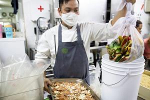ร้านอาหารไทย ที่ดังไกลระดับโลก ด้วยแนวคิดภูมิปัญญาอาหารไทย สู่วิถีการกินที่ยั่งยืน ร้านอาหารโบ ลาน ร้านอาหารที่ได้รับรางวัล Green Restaurant ระดับดีเยี่ยม