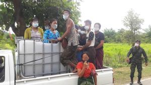 ซุก 11 แรงงานเถื่อนในถังพลาสติกผสมน้ำยาฆ่าเชื้อทางการเกษตรตบตาเจ้าหน้าที่