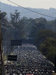 คนไม่สนโลก! ปรับเงิน ปธน.บราซิล ไม่สวมหน้ากากป้องกันโควิด-19 ร่วมขบวนมอเตอร์ไซค์