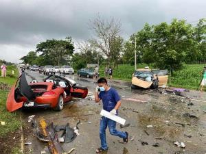 เปิดวงจรปิดพบหลักฐาน BMW Z4 ซิ่ง 133 กม.ต่อ ชม.ฝ่าสายฝน ก่อนเกิดอุบัติเหตุ