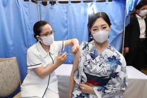 ญี่ปุ่นระดมฉีดวัคซีนโควิดแล้วกว่า 22 ล้านเข็ม 17% ของประชากร