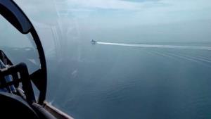 ดุเดือด! รัสเซียยิงเตือน-ทิ้งระเบิดขวางทาง ตะเพิดเรือรบ UK พ้นน่านน้ำ