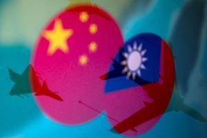 ข่มขวัญหนักมาก! สื่อกองทัพจีนเผยแผนปฏิบัติการโจมตีไต้หวันสามขั้นตอน