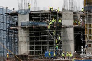 ศปก.ศบค. ชงผ่อนปรนก่อสร้างบางประเภท  ย้ายคนงานหากจำเป็น ย้ำไม่ห้ามก่อสร้างขนาดเล็ก