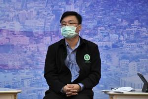 สธ.แนะลดเดินทาง ใส่หน้ากากที่บ้าน ป้องกันโควิดผู้สูงอายุ พร้อมเร่งฉีดวัคซีน