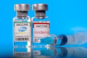 WHO ย้ำวัคซีน mRNA 'มีประโยชน์' มากกว่าความเสี่ยง แม้พบเชื่อมโยง 'หัวใจอักเสบ'