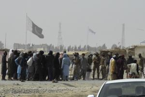 ชมคลิป : 'ตอลิบาน' อ้างยึดจุดผ่านแดนยุทธศาสตร์ติดปากีฯ ได้สำเร็จแล้ว ขณะ 'บุช' โจมตี 'ไบเดน' คิดผิดที่ถอนทหารจากอัฟกานิสถาน