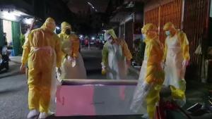 สลดติดเชื้อโควิดทั้งครอบครัว 6 คน ตายคาบ้านสองศพ อีก 4 ยังไร้เตียงรักษา เพื่อนบ้านโวยรัฐเร่งช่วยเหลือด่วน