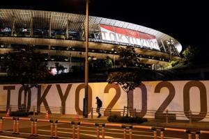 """""""โตเกียวโอลิมปิก"""" อาจยกเลิกได้กลางคัน หมู่บ้านนักกีฬาติดเชื้อแล้วกว่า 70 ราย"""