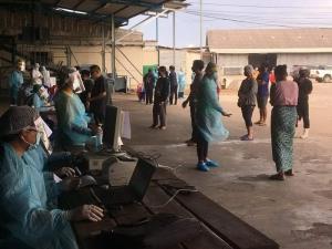 ผลตรวจเชิงรุกแรงงานที่ท่ามะกา พบติดเชื้อแล้ว 141 ราย